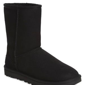 UGG Classic Genuine Shearling Lined Short Boot
